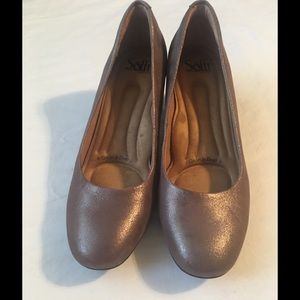 Women's 'Sofft' Metallic Leather Pumps Size 8.5
